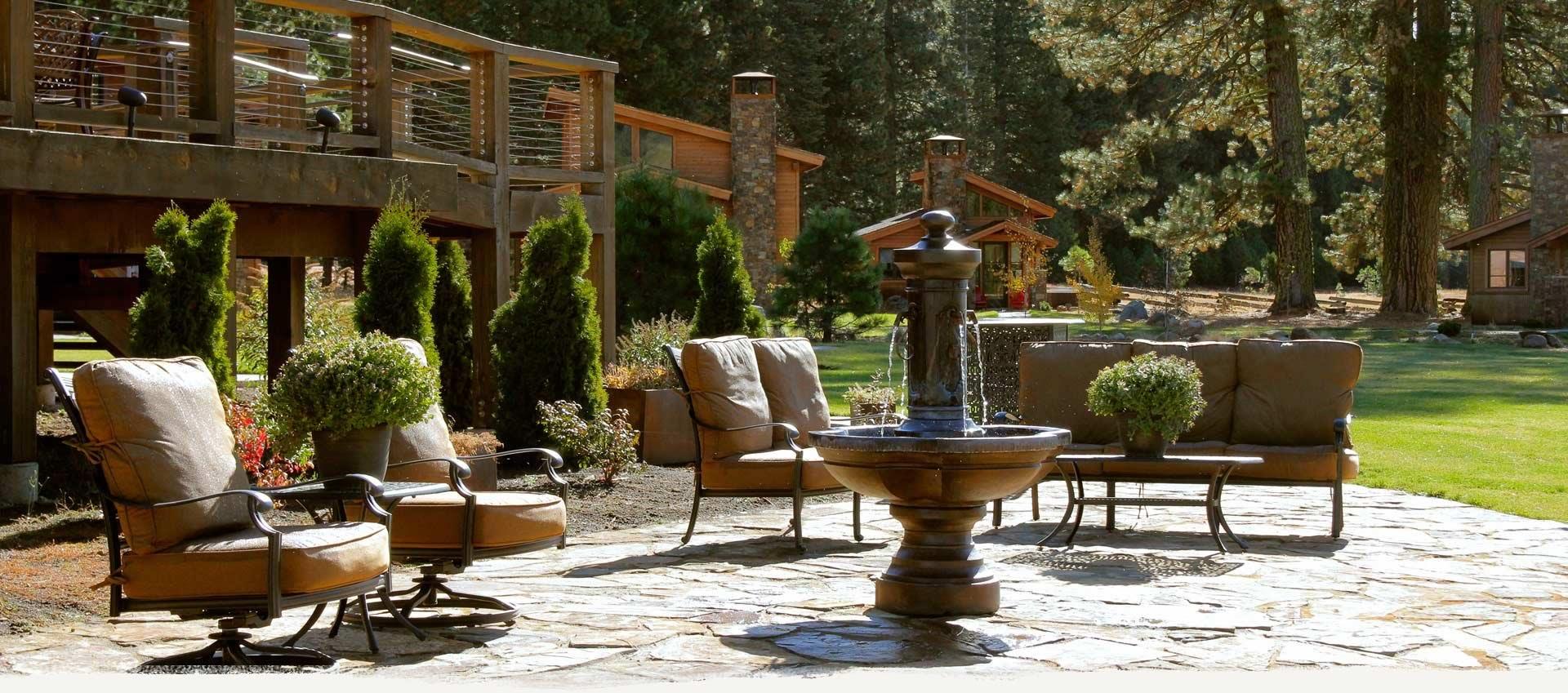 Highlands-resort-patio2